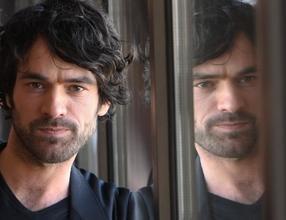 Recherche homme 35 à 45 ans pour doublure lumière dans film avec Romain Duris et Emma Mackey