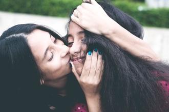Casting duo mère et fille pour témoignage dans média féminin