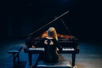 Casting musicien homme et femme pour former orchestre dans série