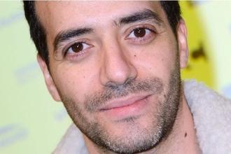 """Recherche doublure image Tarek Boudali pour film """"30 jours max"""""""