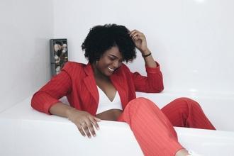 Casting modèle femme entre 30 et 40 ans pour vidéo et shooting photo publicitaire