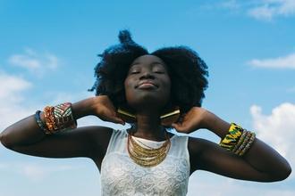Recherche actrice métisse ou typée africaine entre 16 et 22 ans pour tournage long-métrage