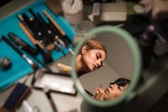 Recherche maquilleuse coiffeuse pour tournage long-métrage