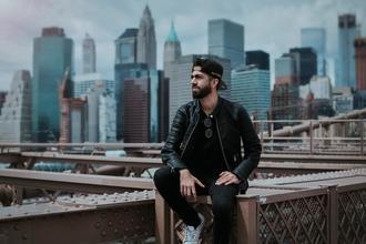 Modèle homme entre 25 et 35 ans pour Shooting photo et vidéo nouvelle marque de Sportswear