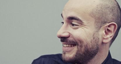 """Recherche doublure image de Kyan Khojandi pour long métrage """"Le discours"""""""