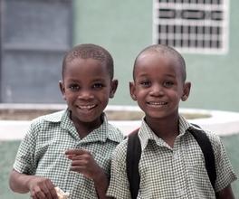 Recherche deux frères de 4 et 8 ans d'origine Africaine pour série TV