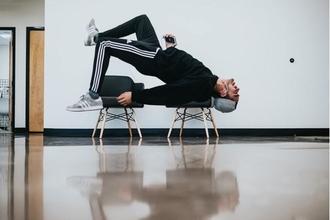 Recherche danseurs 18 à 90 ans au look atypique ou excentrique pourun clip