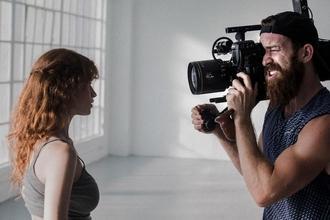 Cherche comédiens H/F 25 à 50 ans pour web série marque d'appareil photo