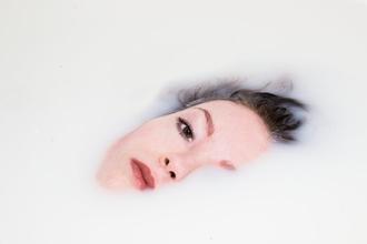 Casting femme entre 20 et 30 ans pour shooting photo et vidéo