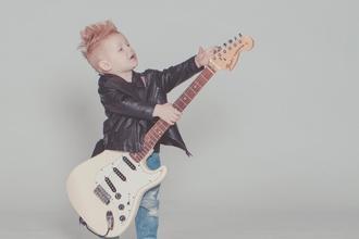 Casting mannequin enfant entre 7 et 12 ans pour publicité marque de vêtement