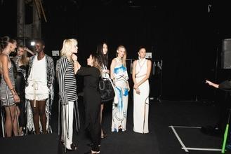 Cherche mannequins femmes 18 de 30 ans pour shootings site de vêtement à Lyon