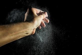 Recherche mannequin main homme métisse pour Shooting culinaire marque de grande distribution