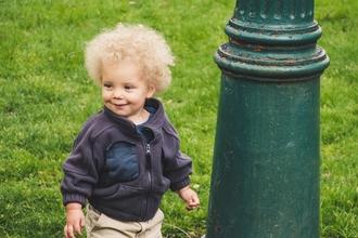 Cherche un bébé G/F toutes origines de 2 ans pour long-métrage