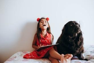 Casting silhouette fille 10 ans pour jouer dans série