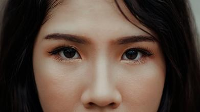 Casting femme origine asiatique pour vidéo média beauté