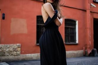 Recherche mannequins femmes de la taille 40 à 46 à Marseille, Lyon et Paris