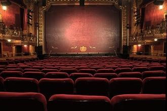 Recherche comédiens chanteurs danseurs H/F personnages de l'ensemble pour comédie musicale à Paris