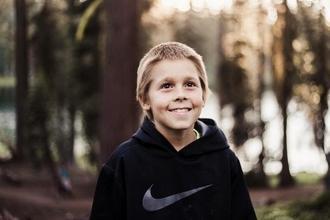 Recherche petits garçons blonds de 4 à 7 ans pour tournage publicitaire