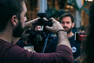 Recherche modèles hommes 18 à 30 ans shooting photo sur paris
