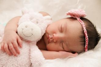 Casting bébé fille et garçon entre 4 et 5 mois pour shooting photo