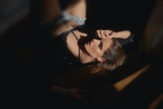 Casting mannequin femme entre 18 et 35 ans pour shooting photo lingerie