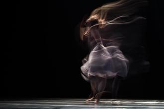 Recherche figurants danseurs, modèles tous types et profils atypiques pour clip