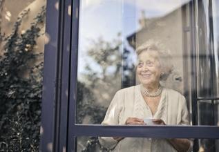 Casting femme entre 70 et 90 ans pour être doublure dans série