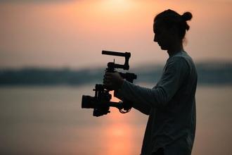 Recherche acteur homme 30 à  35 ans pour pilote série Dr Bonobo