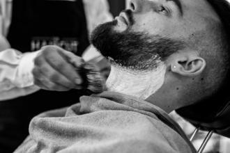 Urgent recherche 2 modèles hommes avec des barbes pour média beauté