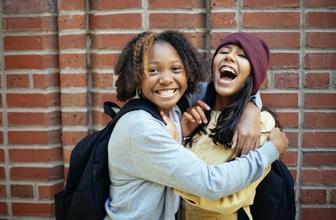 Casting fille et garçon entre 13 et 14 ans pour être silhouette et figurant dans long métrage