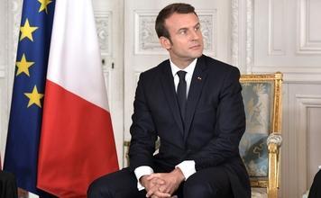 Recherche comédien ressemblant à Emmanuel Macron pour tournage clip