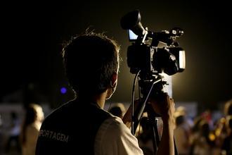 Recherche photographe et vidéaste homme ou femme pour spectacle vivant