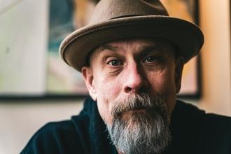 Casting homme entre 35 et 65 ans pour jouer dans vidéo de Greg Guillotin