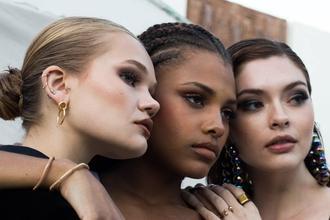 Cherche mannequins femmes 18 à 35 ans toutes origines pour Show coiffure Nantes