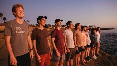 Recherche jeunes garçons paraissant entre 16 et 20 ans pour tournage en Bretagne