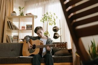 Casting garçon et fille entre 8 et 14 ans pour figuration long métrage avec Virginie Efira
