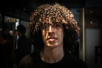 Recherche acteur d'apparence 25 à 30 ans aux cheveux bouclés pour court-métrage à Marseille