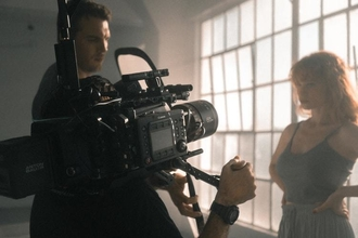 Recherche Actrice 25 à 35 ans pour tournage d'un film d'entreprise