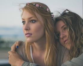Recherche jeunes femmes de 16 ans pour vidéos publicitaires