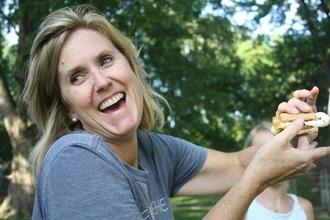 Recherche femme entre 50 et 75 ans avec RIDES ET RIDULES pour Télés Shopping