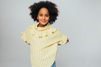 Casting fille entre 6 et 12 ans maîtrisant le sabre pour publicité