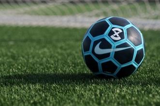 Cherche homme 40 à 50 ans pour tournage publicité football