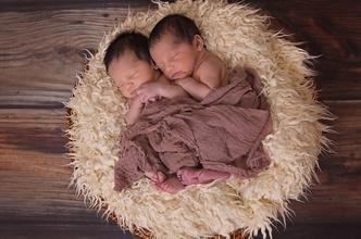 Recherche jumeaux ou jumelles nés en février ou mars 2020 pour long-métrage