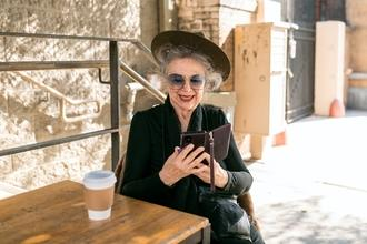 Casting comédienne entre 60 et 80 ans pour rôle dans moyen métrage
