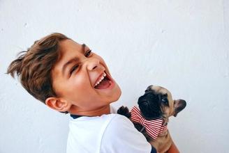 Recherche 1 petit garçon entre 7 et 12 ans aimant les animaux pour tournage région Niçoise