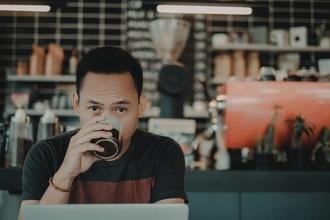Recherche homme d'origine asiatique pour video multinationale