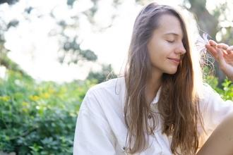 Casting femme entre 15 et 19 ans pour shooting photo et vidéo