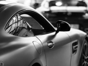 Recherche hommes et femmes entre 20 et 50 ans pour shooting photo de marque automobile