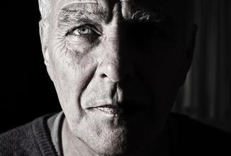 Recherche homme typé Caucasien entre 60 et 68 ans pour trilogie de court-métrage