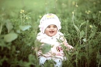 Cherche bébé garçon entre 12 et 18 mois yeux marrons pour film cinéma